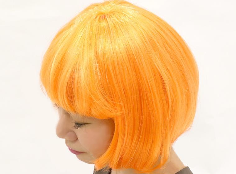 2019年3COINSハロウィンのオレンジのウィッグ